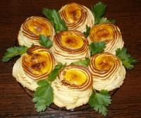 Картофельные стаканчики с мясной начинкой