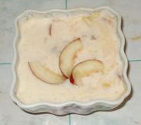 Персиковый йогурт со свежими фруктами