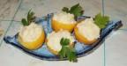 Закуска из помидор с острым сыром