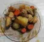 Жаркое из куриного филе и овощей