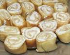 Рулетики из тыквенных блинчиков с творожным сыром