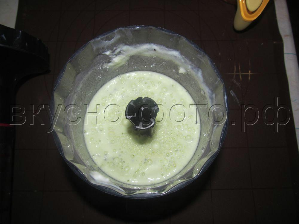 Мороженое из йогурта с киви