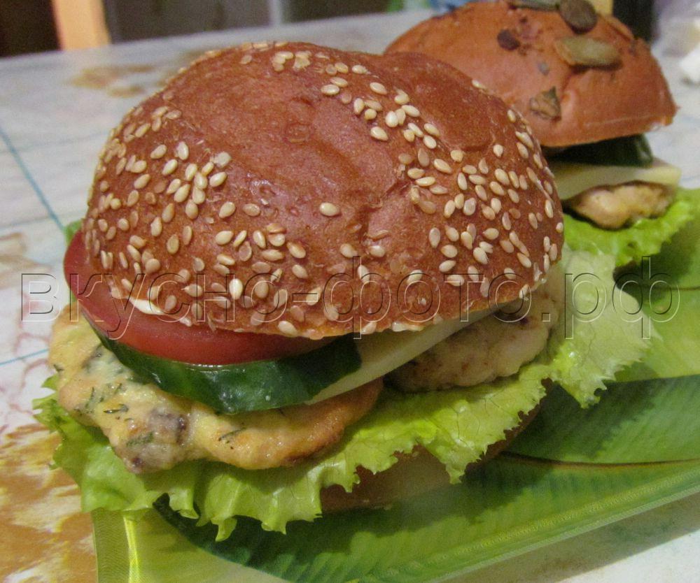 Сэндвичи с котлетой и овощами