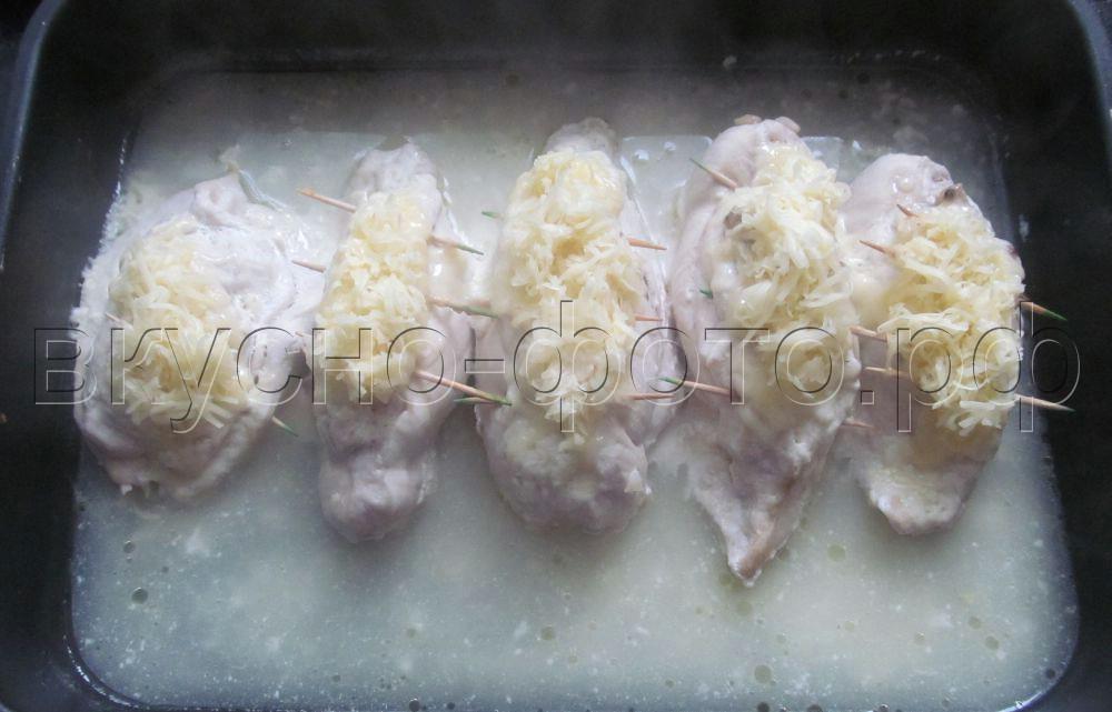 Куриные грудки фаршированные ананасами