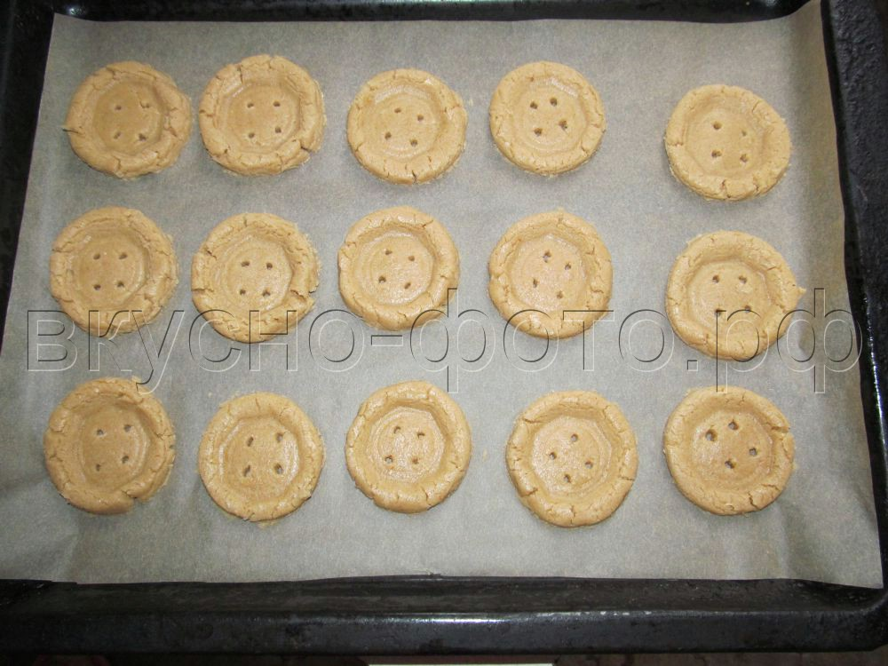 Песочное печенье пуговицы