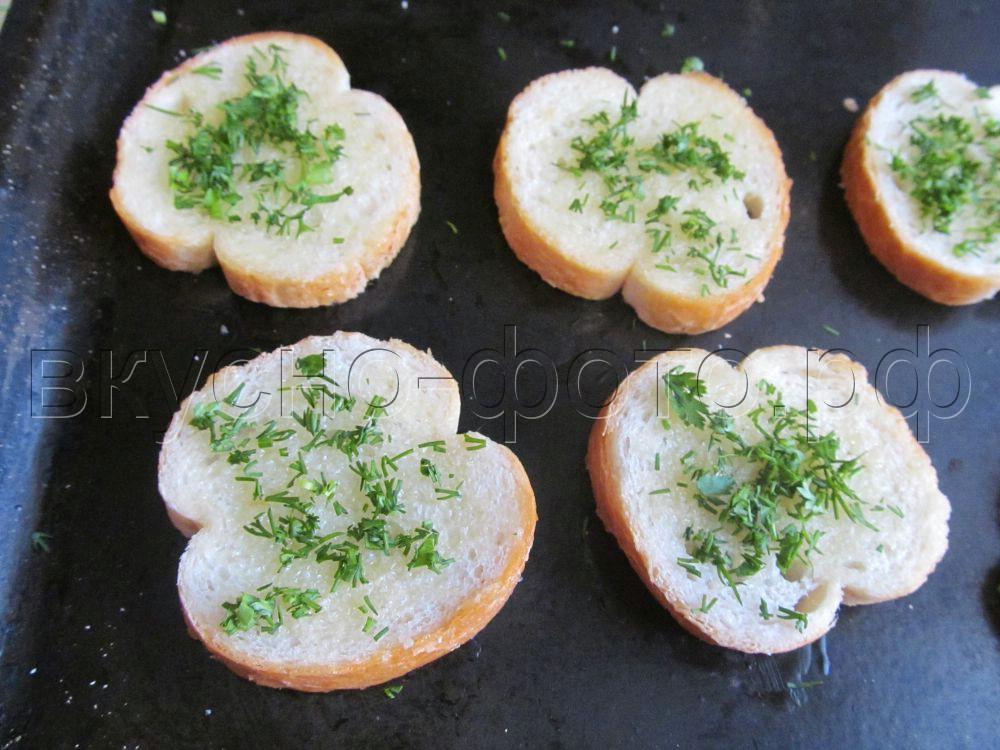 Тосты с сыром и чесноком