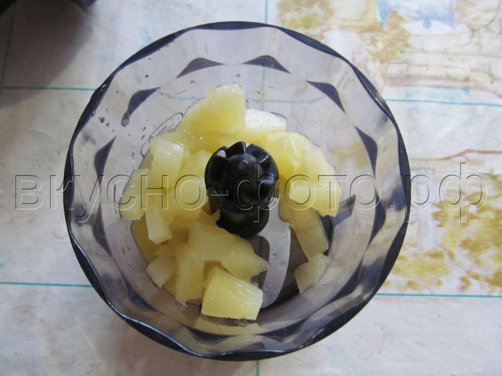 Домашнее мороженое с ананасами