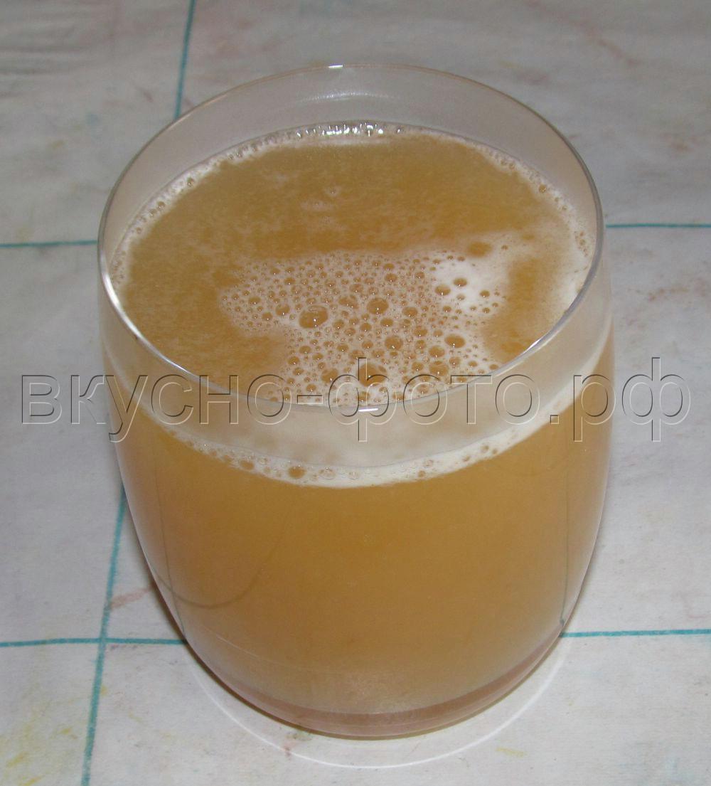 Напиток из лимона, имбиря и мёда