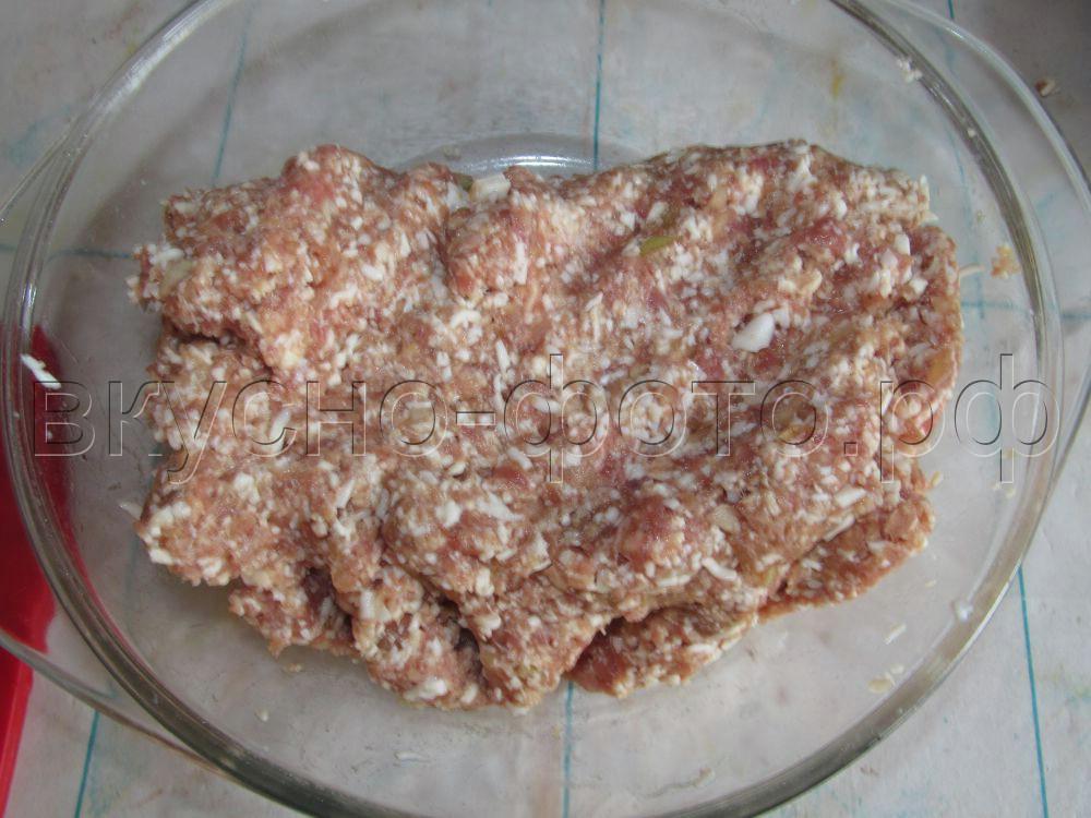 Фрикадельки Сюрприз с куриным яйцом