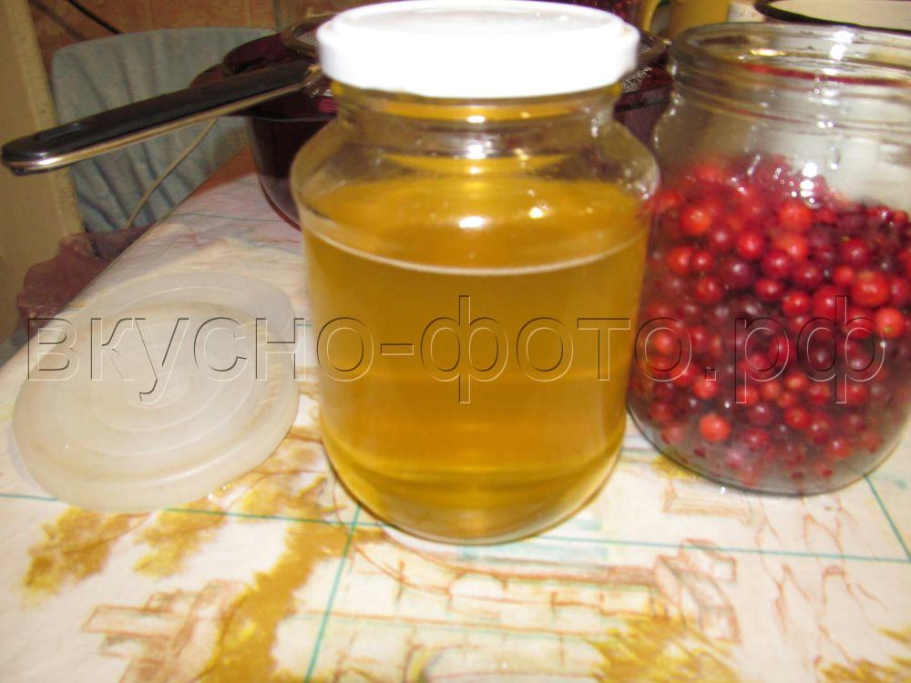 Брусника в меду