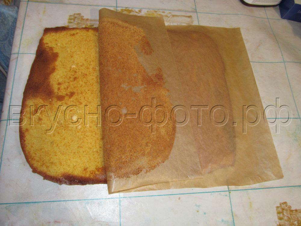 Медовый торт с кремом из вареной сгущенки и сметаны