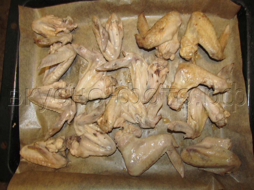 Запеченные пивные крылышки