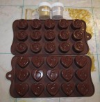 Формочки для шоколадных конфет и пищевые красители