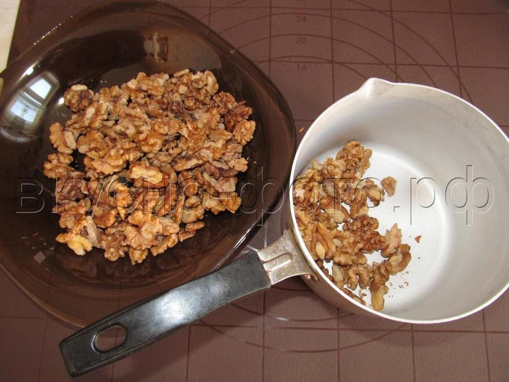 Слойки ушки с грецким орехом