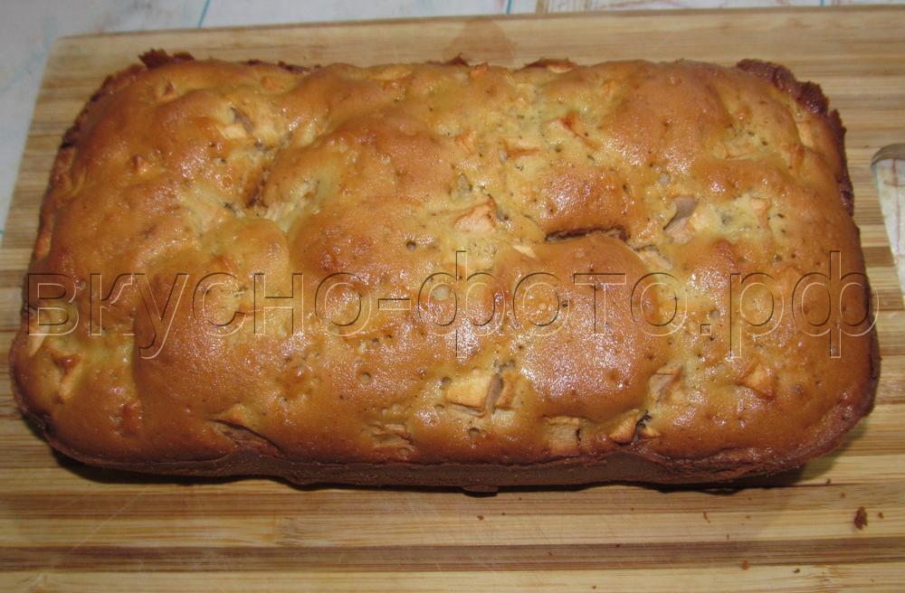 Кекс с яблоками в хлебопечке VITEK VT-1991 ST
