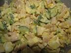 Салат с кальмарами вареным яйцом и свежим огурцом