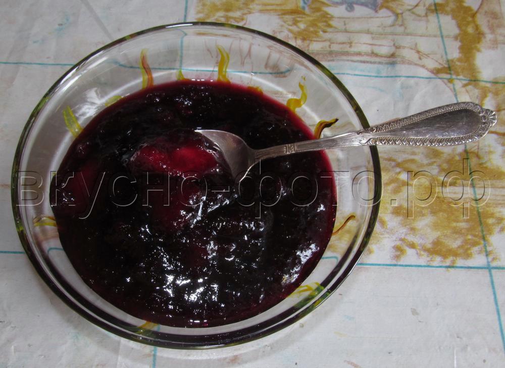 Варенье из черной смородины с яблоками