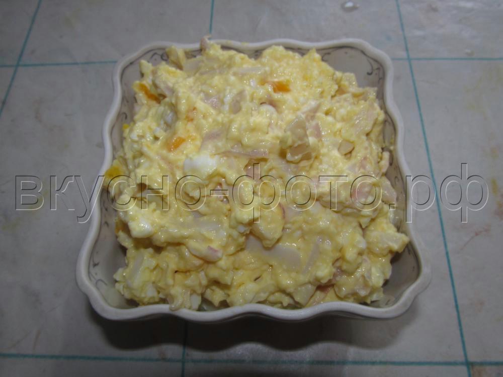Салат из кальмара с плавленным сырком