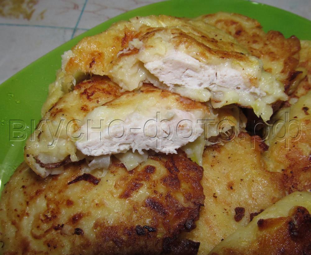 Оладьи из кабачков с мясной начинкой