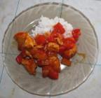 Куриное филе с перцем и ананасами в кисло-сладком соусе