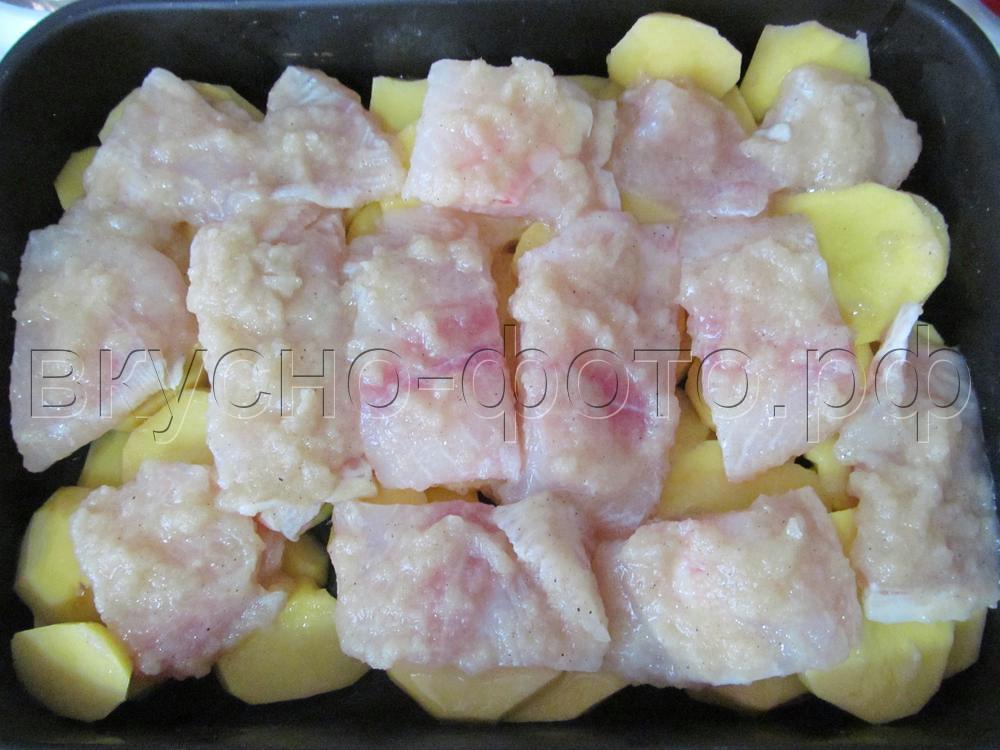 Запеченное филе морского языка с картошкой