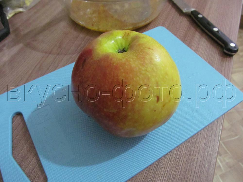 Яблочные оладьи с кукурузной мукой