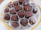 Домашние шоколадные конфеты с орехами