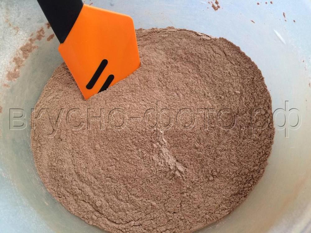 Шоколадный постный кекс с орехами и вяленой вишней в хлебопечке
